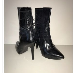 Guess Boots, 9